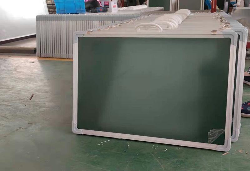 教室小黑板
